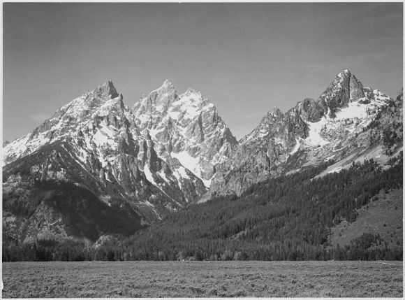 800px-Ansel_Adams_-_National_Archives_79-AA-G11