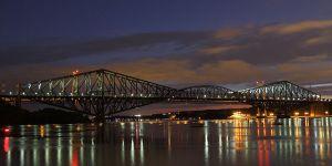 Pont de Quebec au crépuscule