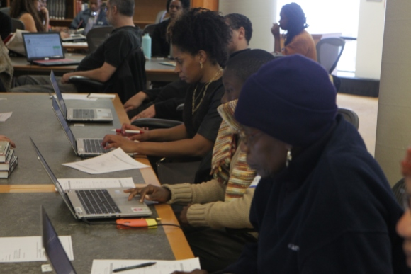 Group editing Wikipedia at the Schomburg Center in New York City. Photo by Terrence Jennings, free license under CC BY-SA 4.0