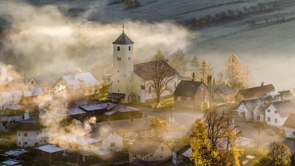 kostol_sv-_vavrinca_zliechov