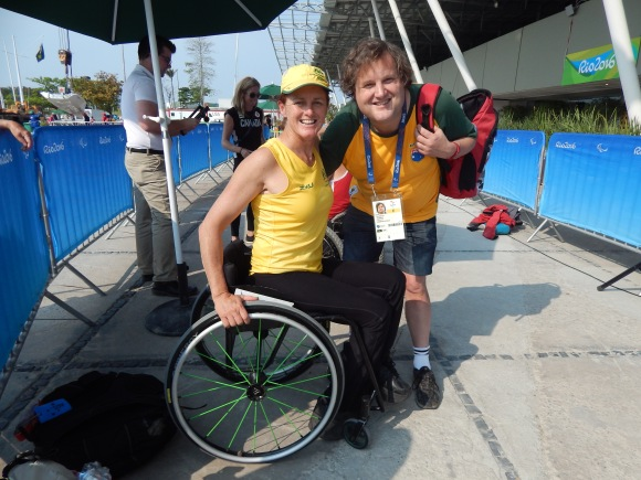The author with Liesl Tesch.Photo by Sport the Library via the Australian Paralympic Committee, CC BY-SA 3.0.